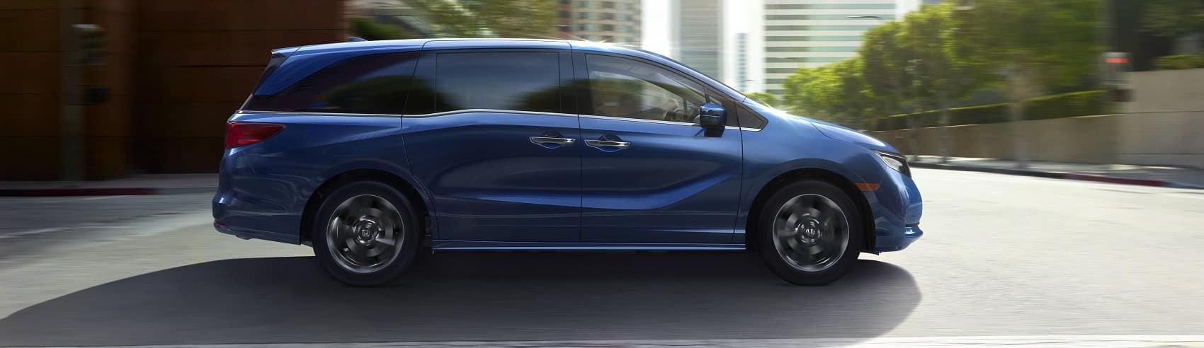 2021 Honda Odyssey Driving