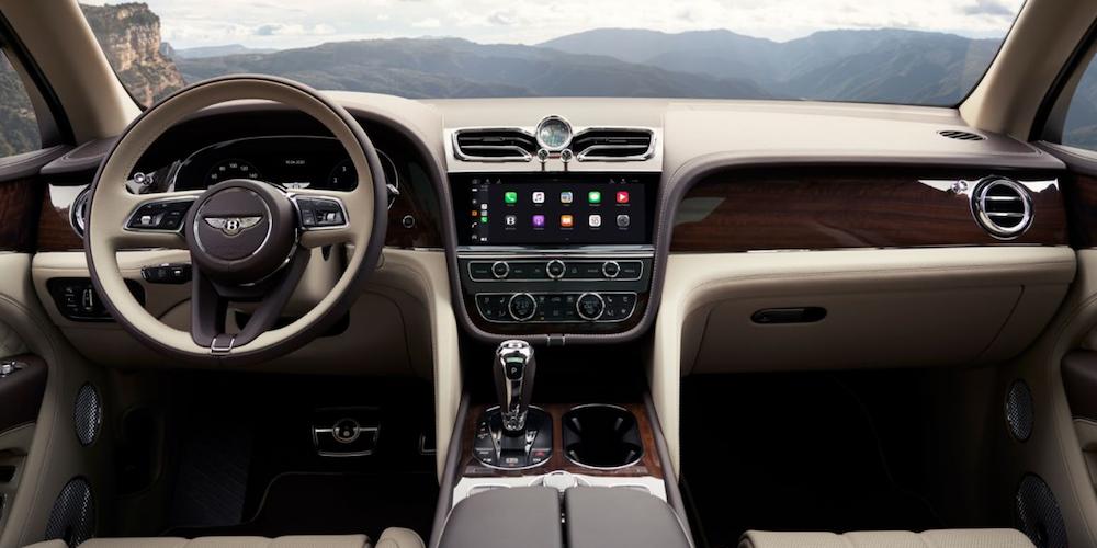 2021 bentley bentayga interior dashboard view