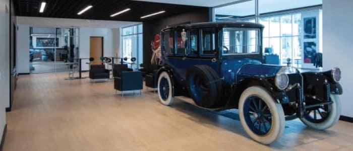 1919 Pierce-Arrow Model 31 VestibuleSuburban at Mercedes-Benz Van Center – Baker