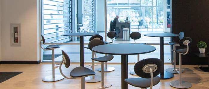 Café Area at Mercedes-Benz Van Center – Baker