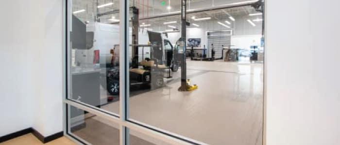 Workshop Viewing Window at Mercedes-Benz Van Center – Baker