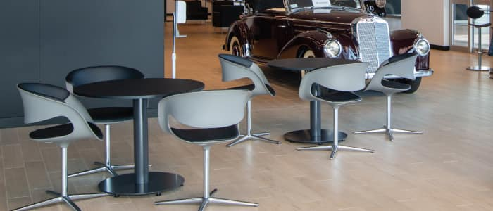 Showroom Lounge at Mercedes-Benz Van Center – Baker